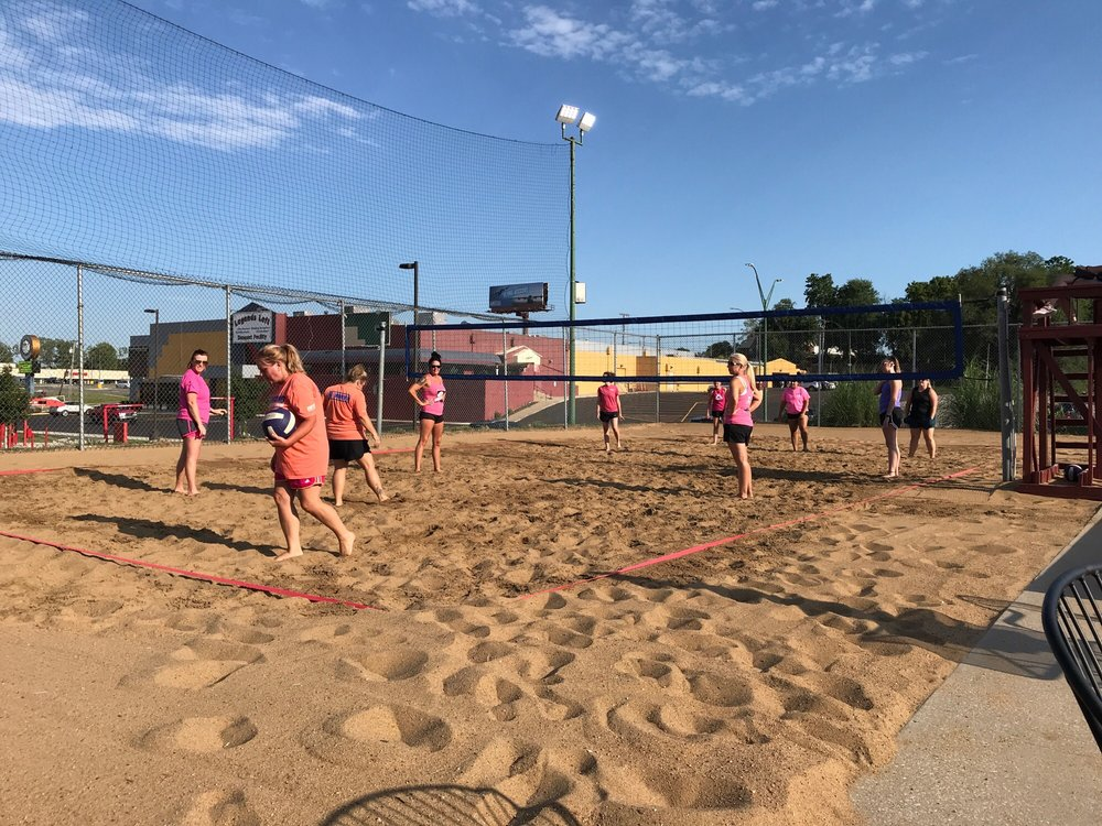 Volley's: 210 N Belt Hwy, Saint Joseph, MO