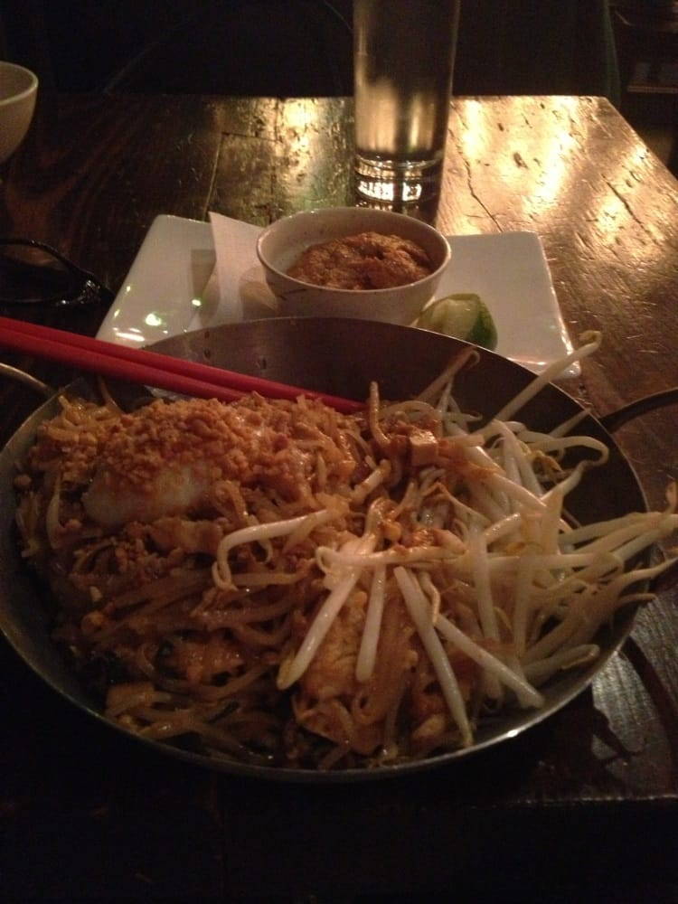 Pad thai including poached egg yelp for 22 thai cuisine maiden lane