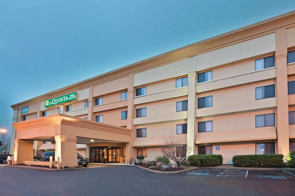 La Quinta by Wyndham Mansfield OH: 120 Stander Ave, Mansfield, OH