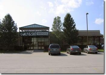 Golf & Ski Warehouse: 2 Friel Golf Rd, Hudson, NH