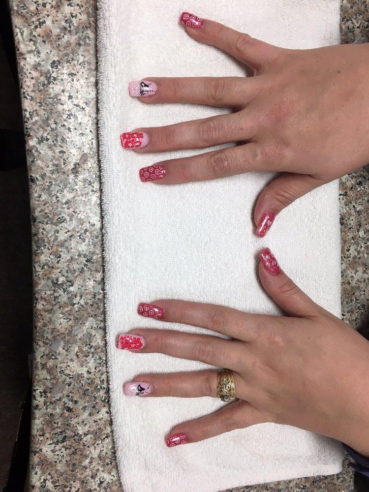 Deluxe Nail and Spa - 27 Photos & 11 Reviews - Nail Salons - 143 ...