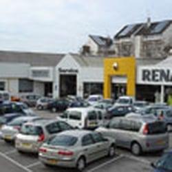concession renault soreca automobiles get quote auto parts supplies 47 avenue camille. Black Bedroom Furniture Sets. Home Design Ideas