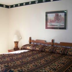 Photo Of Sunset Motel Marshall Ar United States King Bed Room