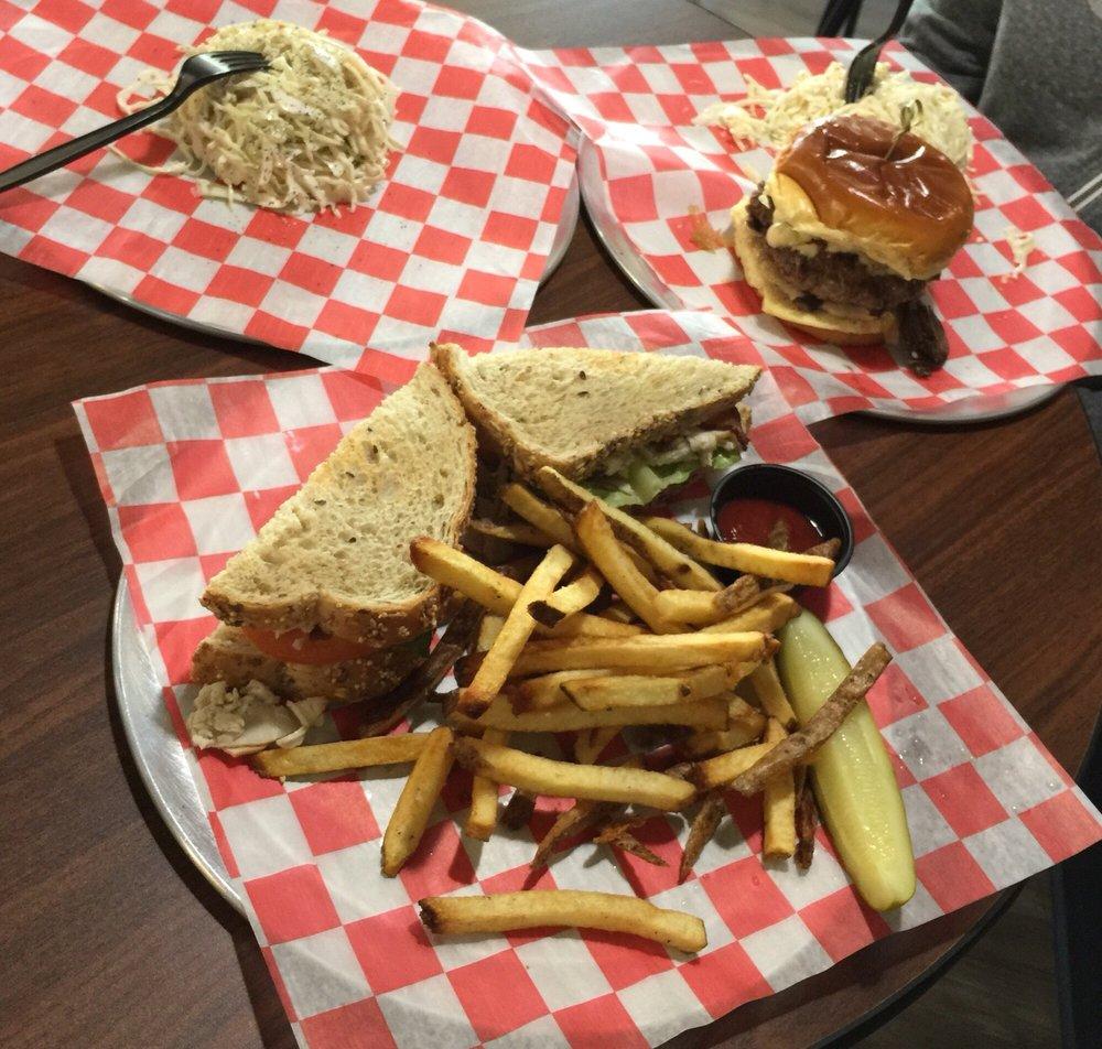 Erie Burgers Bar & Eatery: 32822 Walker Rd, Avon Lake, OH
