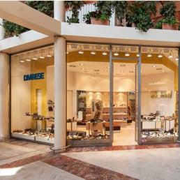 Foto su scarpelli yelp for Creatore del piano terra del negozio