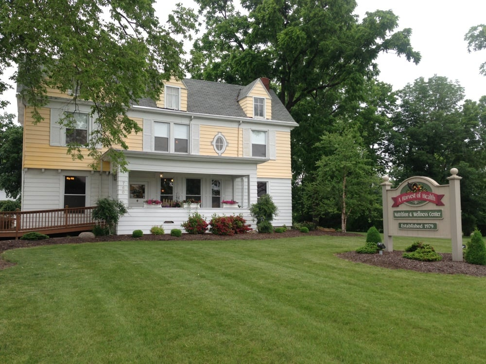 A Harvest of Health Nutrition & Wellness Center: 760 N Main St, Bluffton, IN