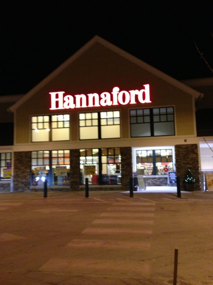 Hannaford Supermarkets & Pharmacies: 4 Jenkins Rd, Bedford, NH