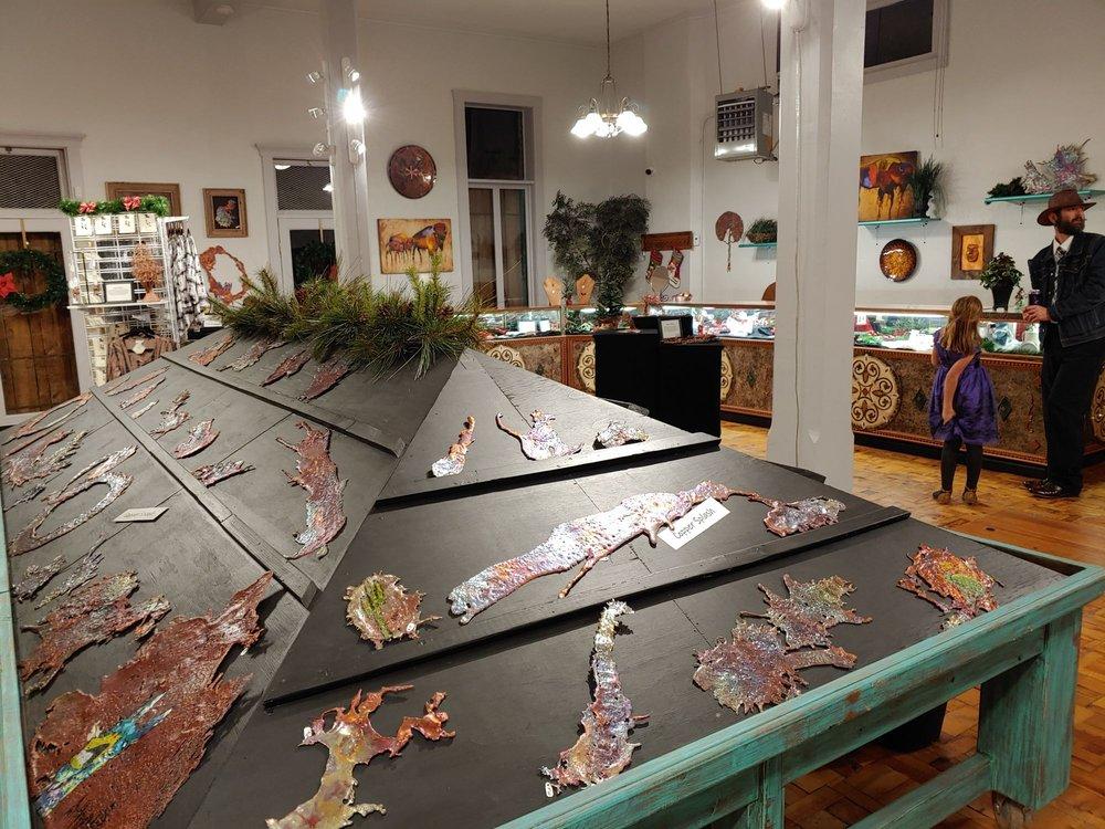 Splash of Copper Art Gallery & Gifts: 656 N Broad St, Globe, AZ