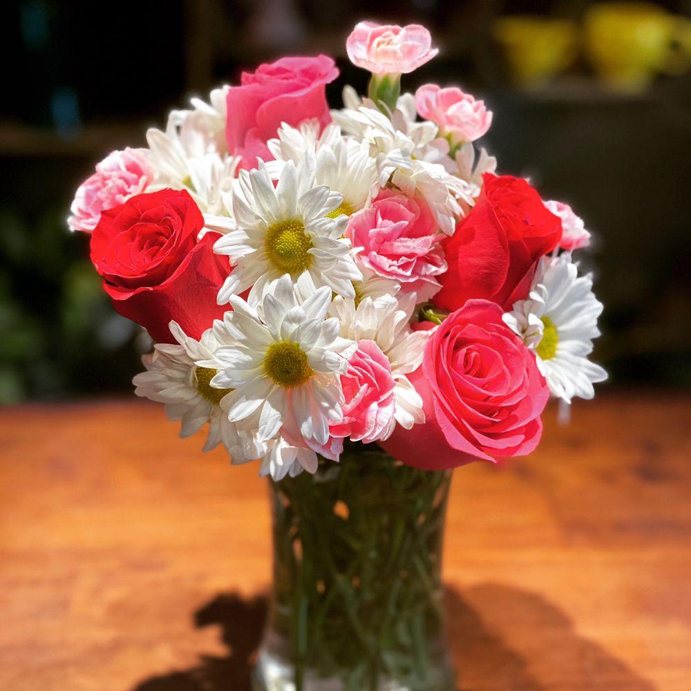 Granger Florist: 51537 Bittersweet Rd, Granger, IN