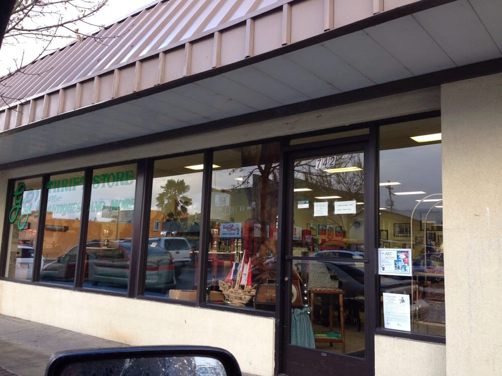 Ggs Thrift Store Plus Antiques & More: 742 SW 6th St, Grants Pass, OR