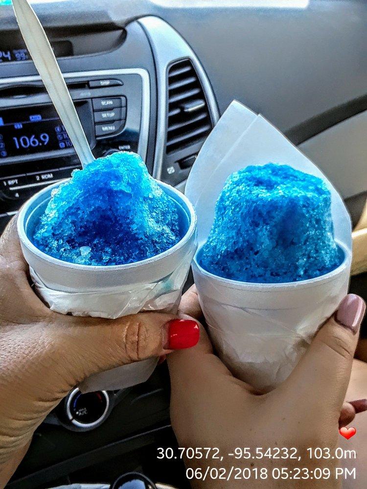 Noemi's Sno Cones: Palm St, Huntsville, TX