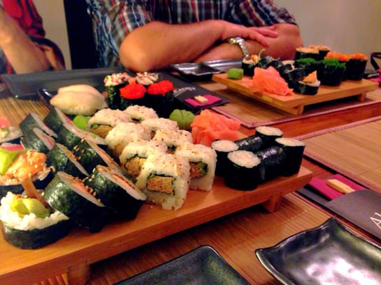 Akira sushi japanese ul rynek 18 tarnowskie g ry for Akira japanese cuisine