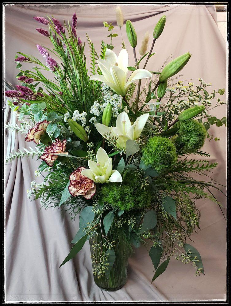 Cobb Mountain Flowers: Loch Lomond, CA