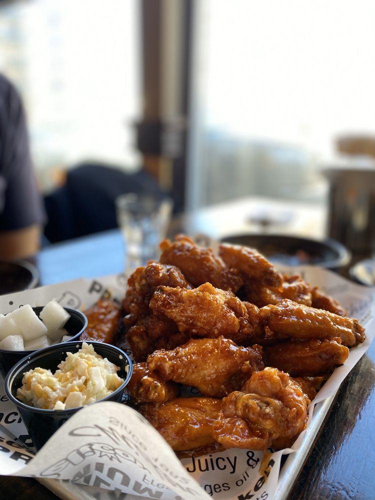 Pelicana Chicken: 417 E Brinkerhoff Ave, Palisades Park, NJ