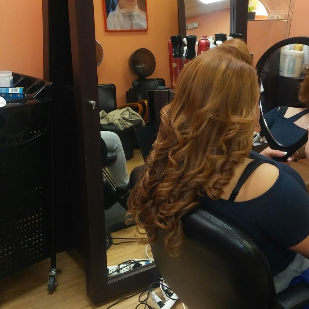 By Lennyn Dominican Salon: 236 Rockaway Ave, Valley Stream, NY