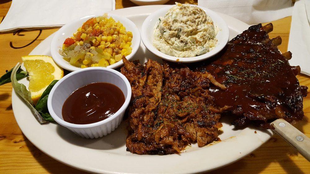 Descanso Junction Restaurant: 8306 Hwy 79, Descanso, CA