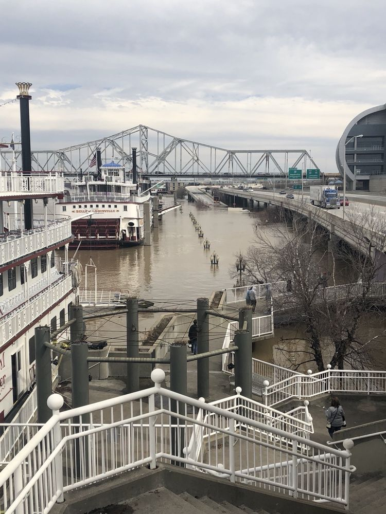 Belvedere Riverfront Plaza: Main And Fifth Streets, Louisville, KY