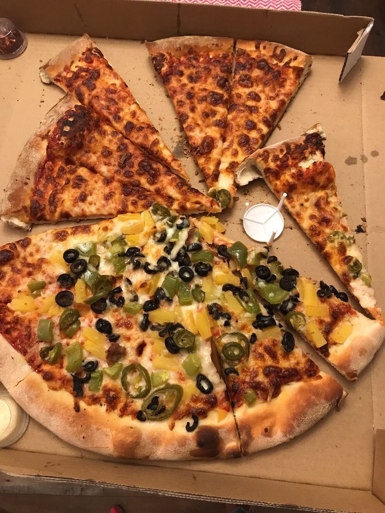 Two Guy's Pizza: 898 Guadalupe St, Guadalupe, CA