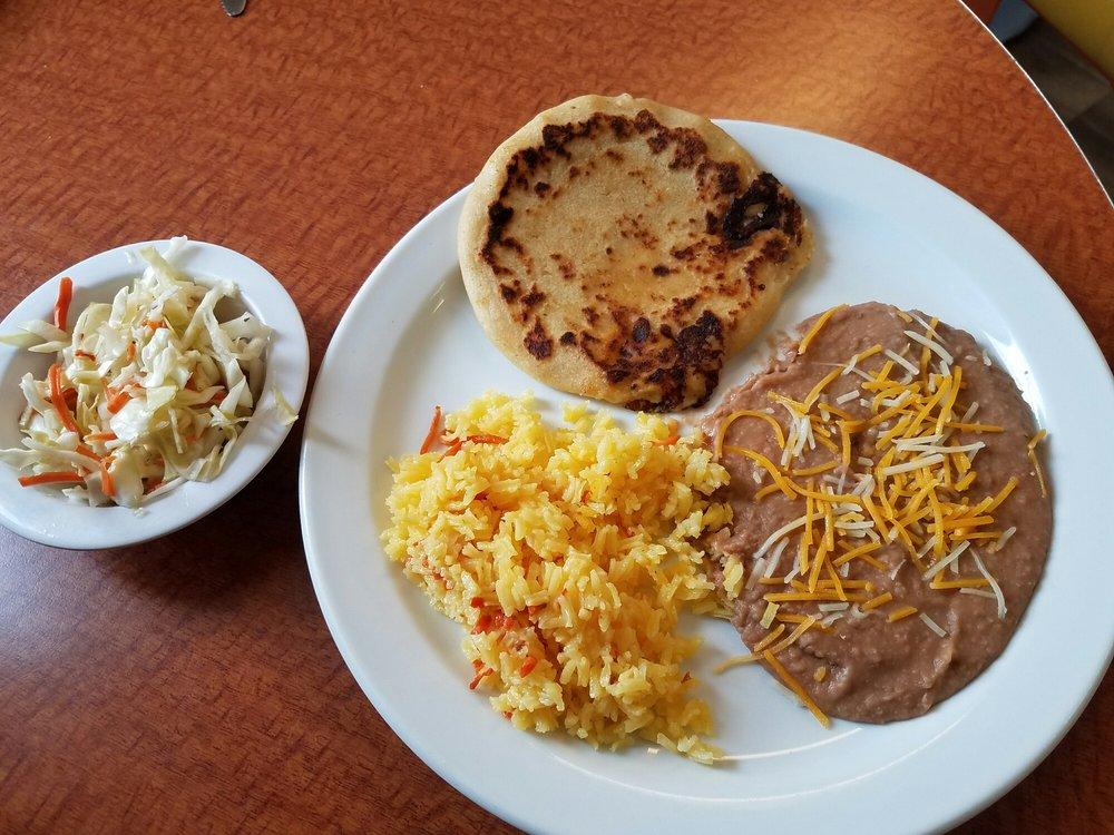 Food from Pupuseria Y Restaurante Salvadoreño
