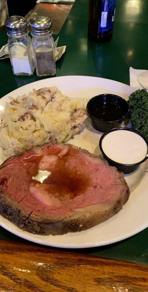 Alamo Steakhouse & Saloon: 700 Broadway Ave E, Mattoon, IL