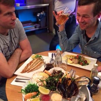 The seafood bar 415 foto 39 s 148 reviews vis van for Seafood bar van baerlestraat