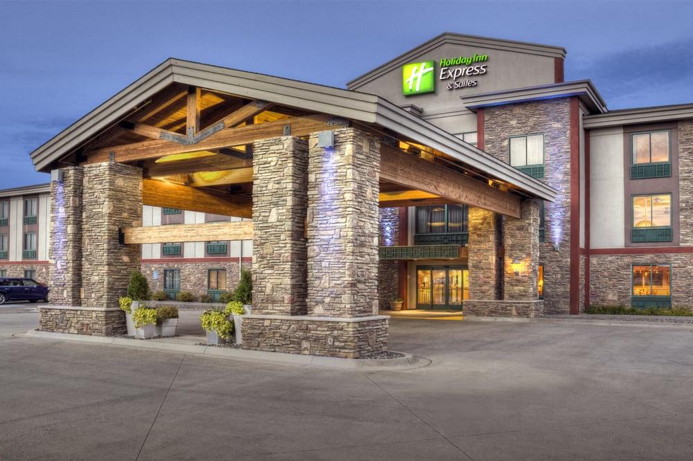 Holiday Inn Express & Suites Brainerd-Baxter: 15739 Audubon Way, Baxter, MN