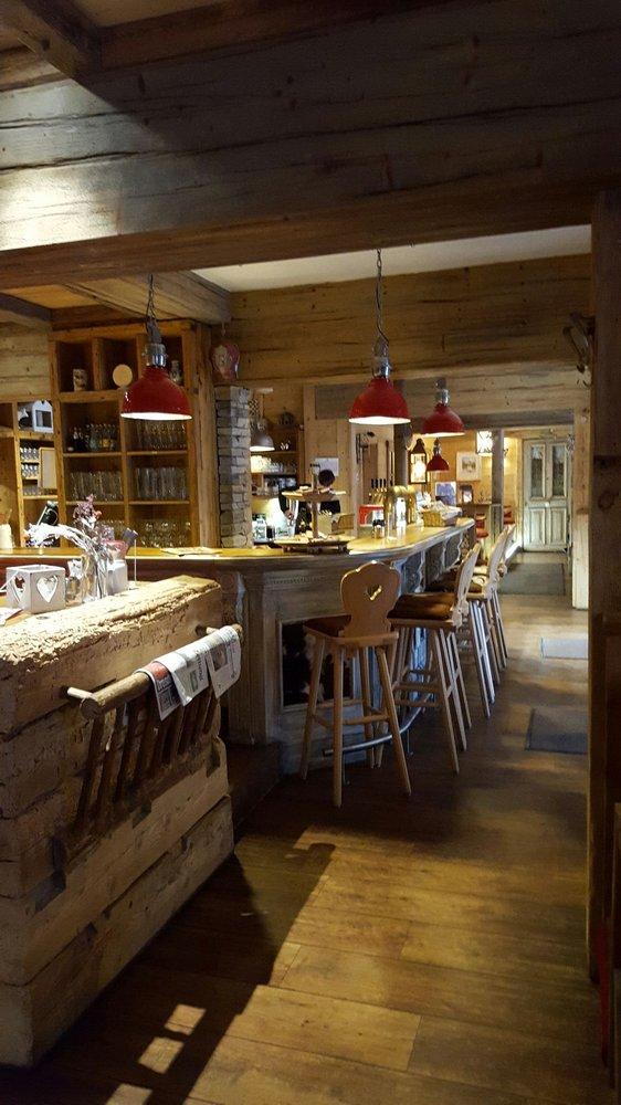 edelweiss alpenrestaurant 44 fotos 48 beitr ge bayerische k che an der frauenkirche 7. Black Bedroom Furniture Sets. Home Design Ideas
