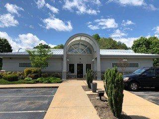 HomeTrust Bank: 8583 Carolina Blvd, Clyde, NC