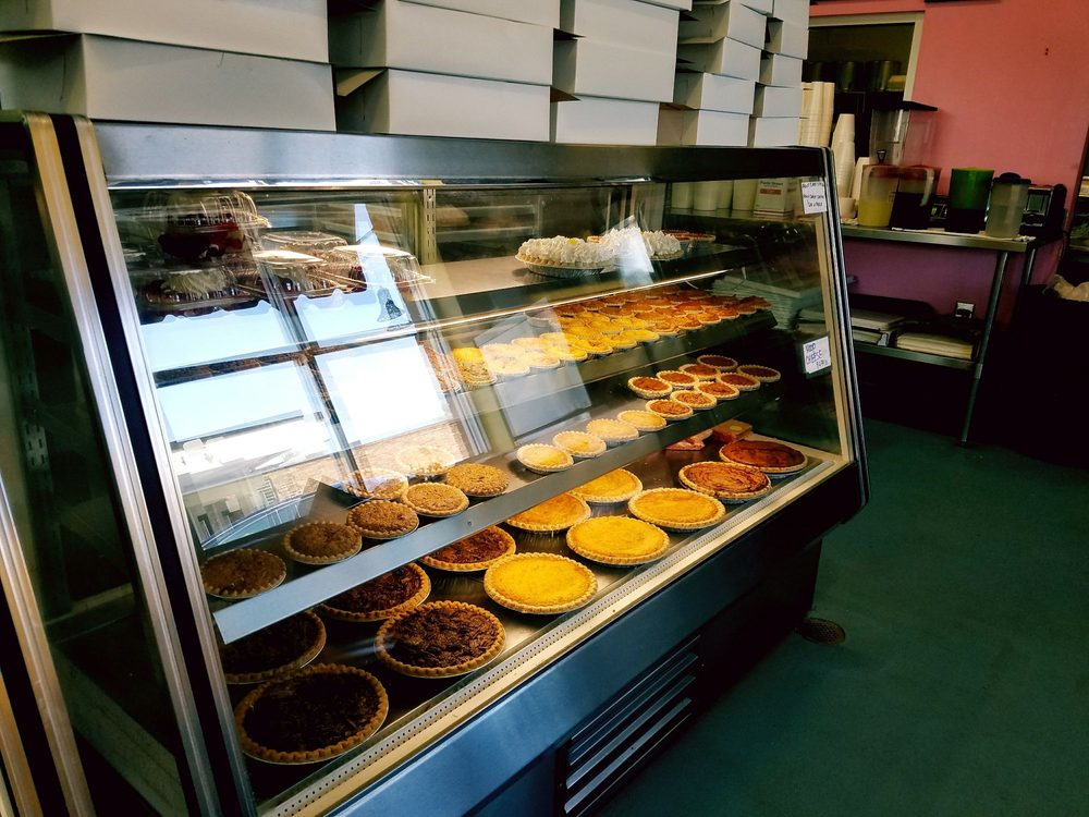 Burney's Sweets & More: 1016 B Martin Luther King Dr, Elizabethtown, NC