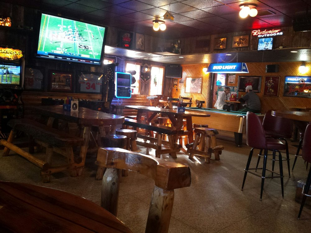 JT'S Corner Bar & Grill: 125 E Cedar St, Houston, MN