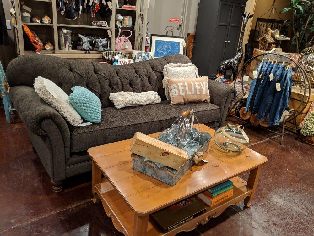 Vintageous Life - furniture & design