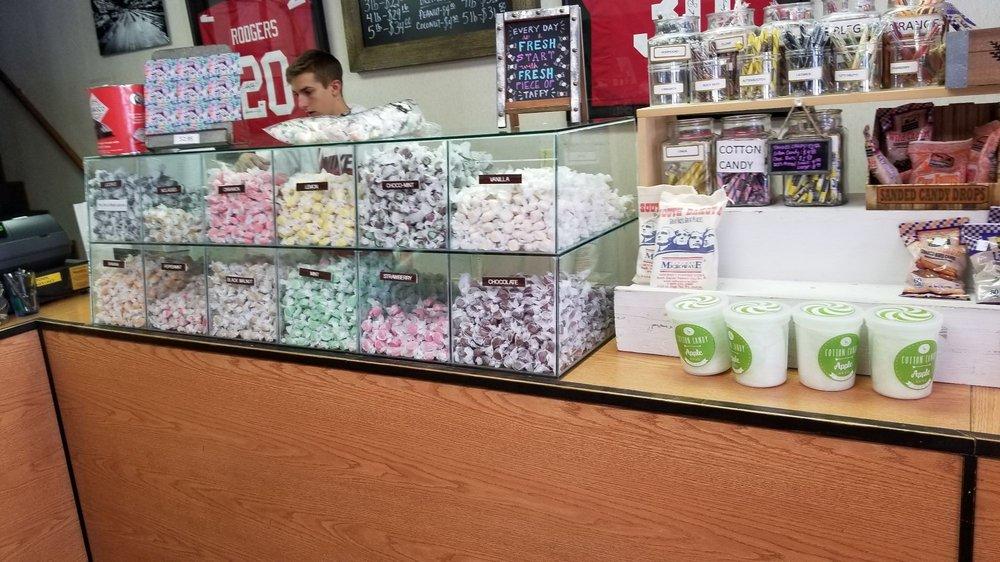 Rushmore Mountain Taffy Shop: 203 Winter St, Keystone, SD