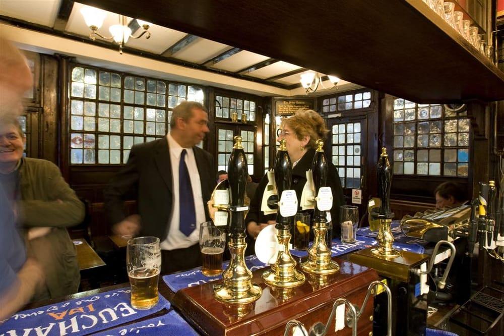 Ye Olde Mitre Inn