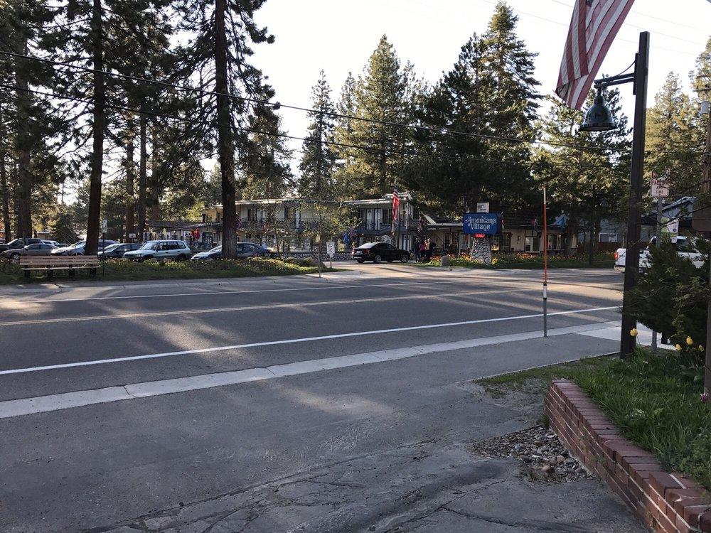 Lodge at Lake Tahoe - Slideshow Image 3