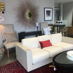 Pleasing Clutter Consignment 12 Photos 31 Reviews Furniture Home Interior And Landscaping Analalmasignezvosmurscom