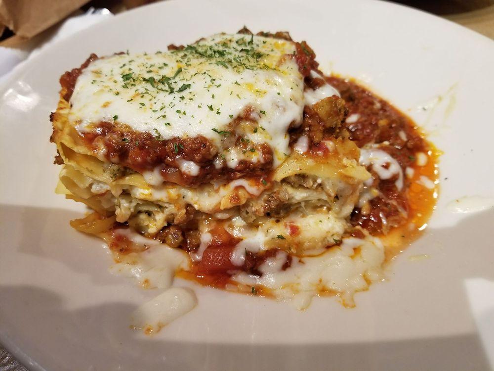 Auntie Pasta's: 211 Old Tyler Rd, Nacogdoches, TX