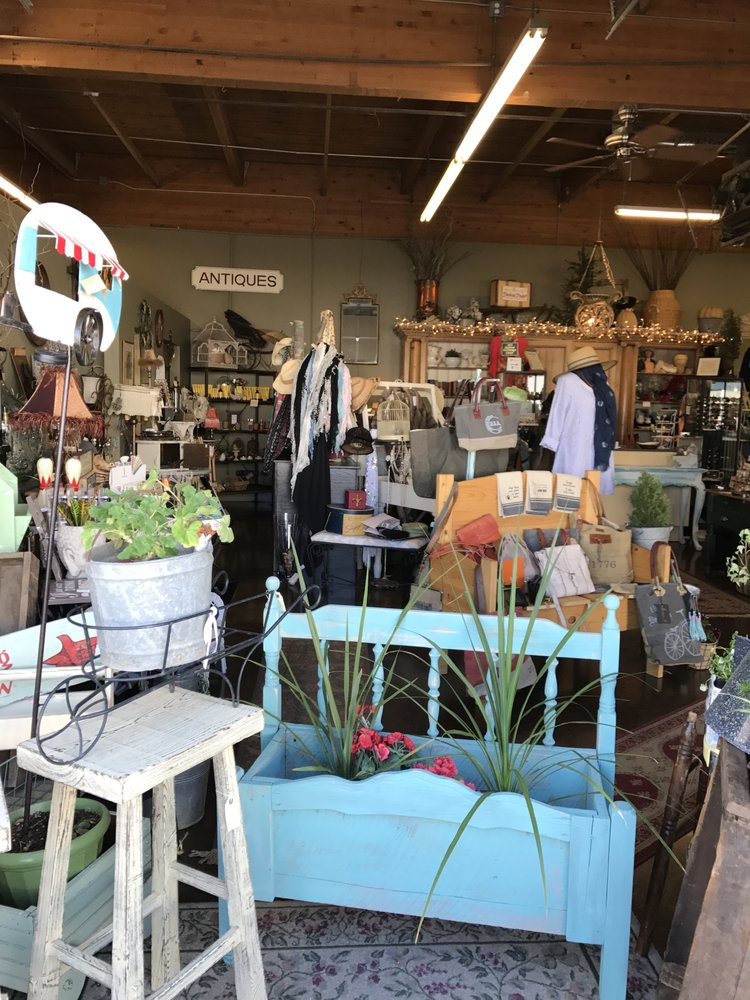 541 Trends: 190 NE Irving Ave, Bend, OR