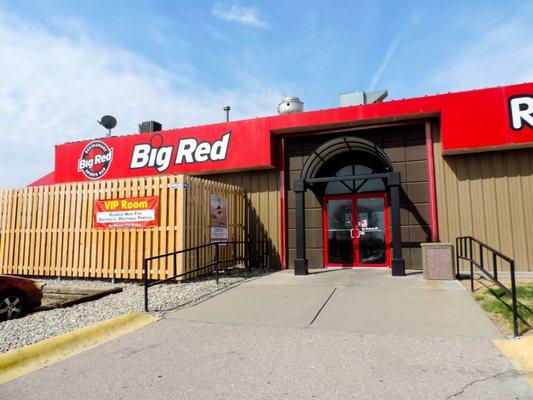 Big Red Sports >> Big Red Restaurant Sports Bar 11 Photos 19 Reviews