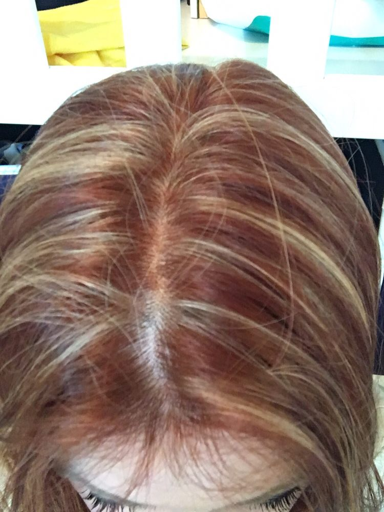 Horrible Uneven And Chunky Blonde Highlights And A Dark Red Under