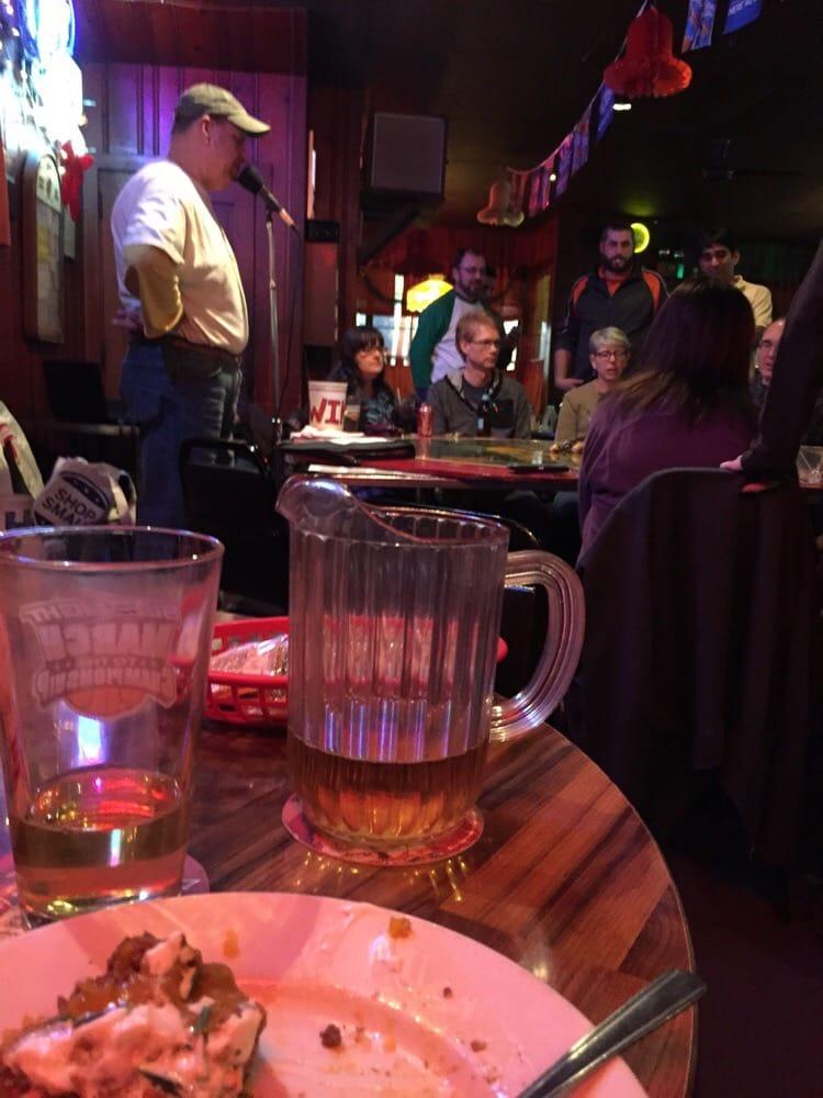 Folkie's Tavern: 117 S Branson St, Marion, IN