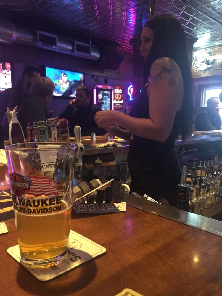 Bottom's Up North: 12504 W Hampton Ave, Butler, WI