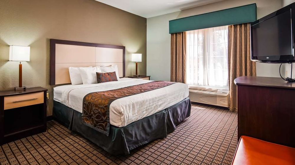 Best Western Plus Magee Inn and Suites: 401 8th Ave SW, Magee, MS