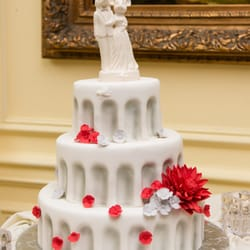 Cakes By Linda 31 Photos Bakeries 7721 Fisher Dr Falls - Shilla Bakery Wedding Cake