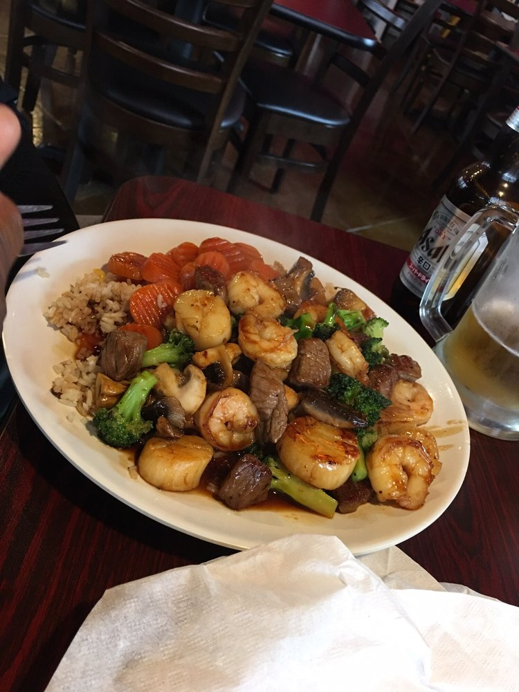 Asahi Japanese Grill: 704 E Broadway St, Lenoir City, TN