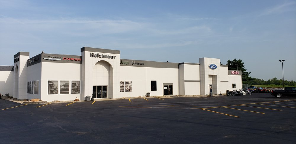 Holzhauer Auto & Truck Sales: 17933 Holzhauer Automall Dr, Nashville, IL