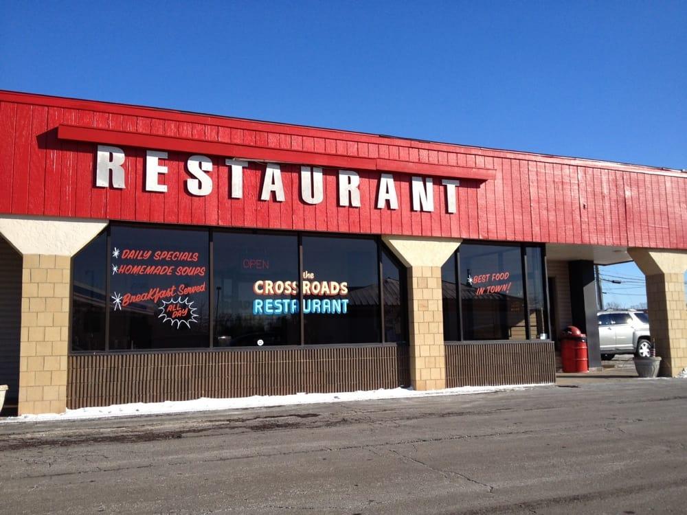 Crossroads Restaurant: 11141 State Rte 800 NE, Magnolia, OH