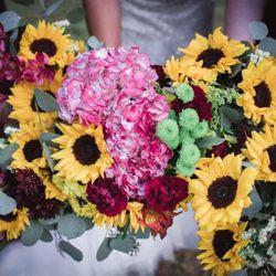 Photo of Woodstock Flowers & Gifts - Woodstock, GA, United States