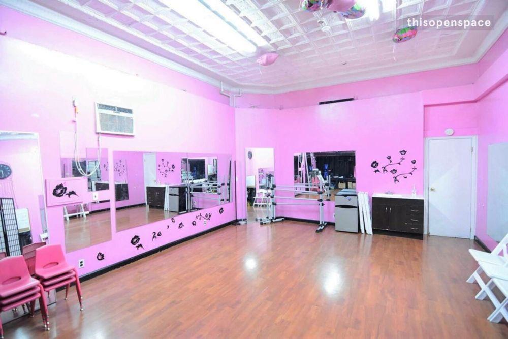Melisanti Dance Studio: 2425 E Tremont Ave, Bronx, NY