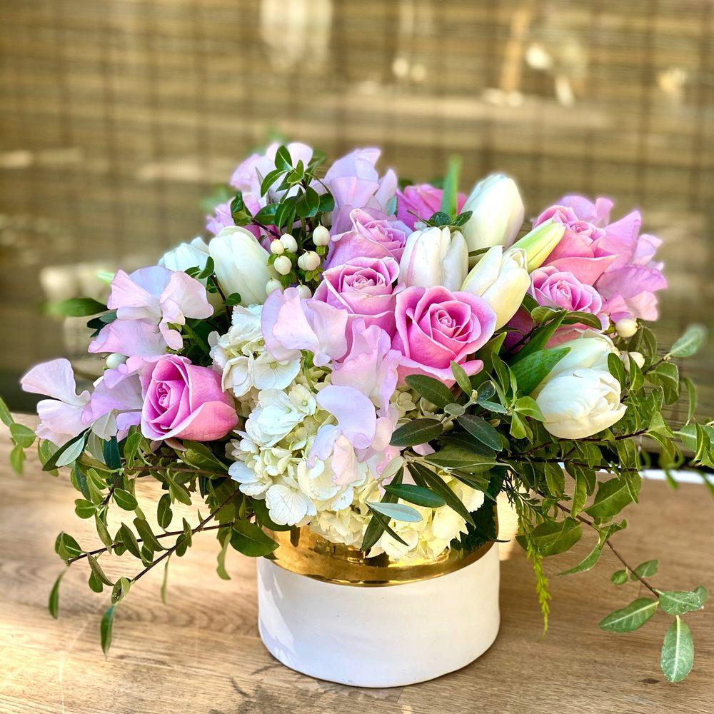Julep Custom Floral: La Canada, CA