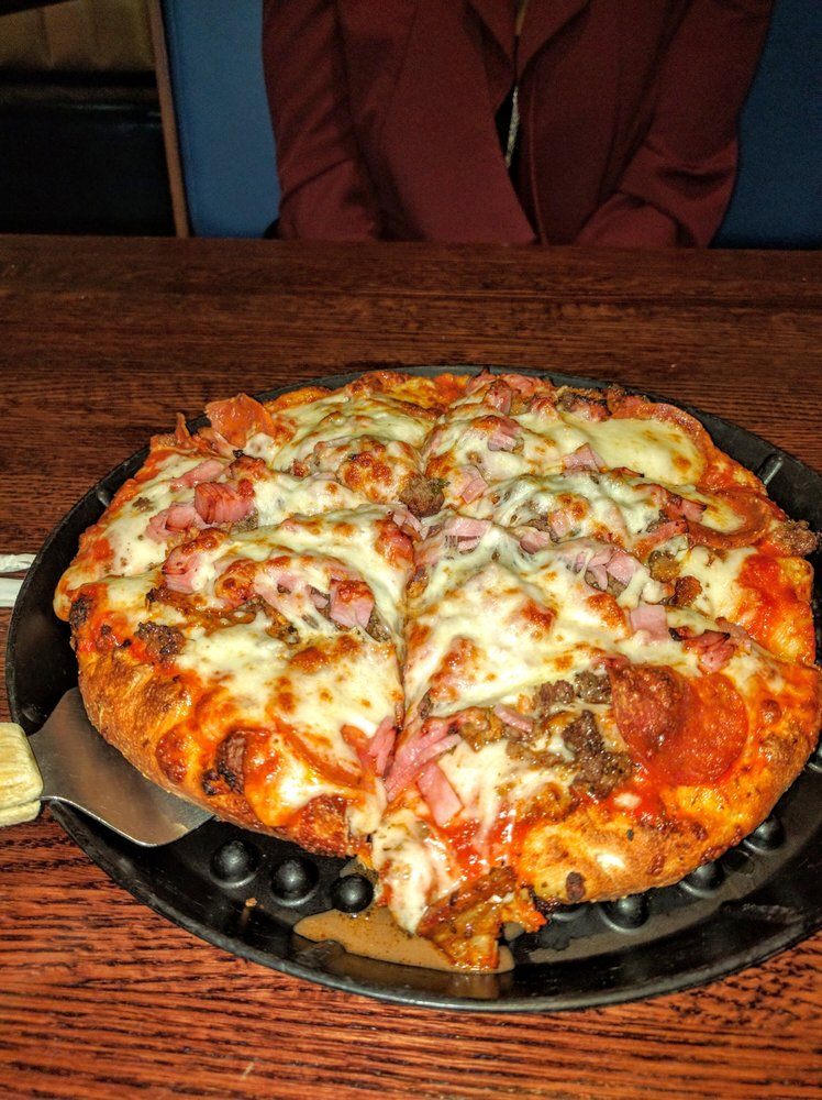 Photo of Delia's Pizzeria & Grille: Sterling, VA
